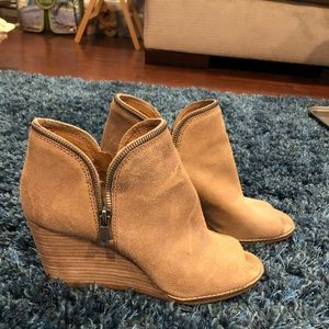 Lucky brand taupe suede peep toe bootie